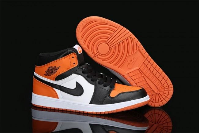 femme air jordan 1 noir et blanche et orange,Femme Homme Nike Air Jordan 1  Noir Blanc Orange