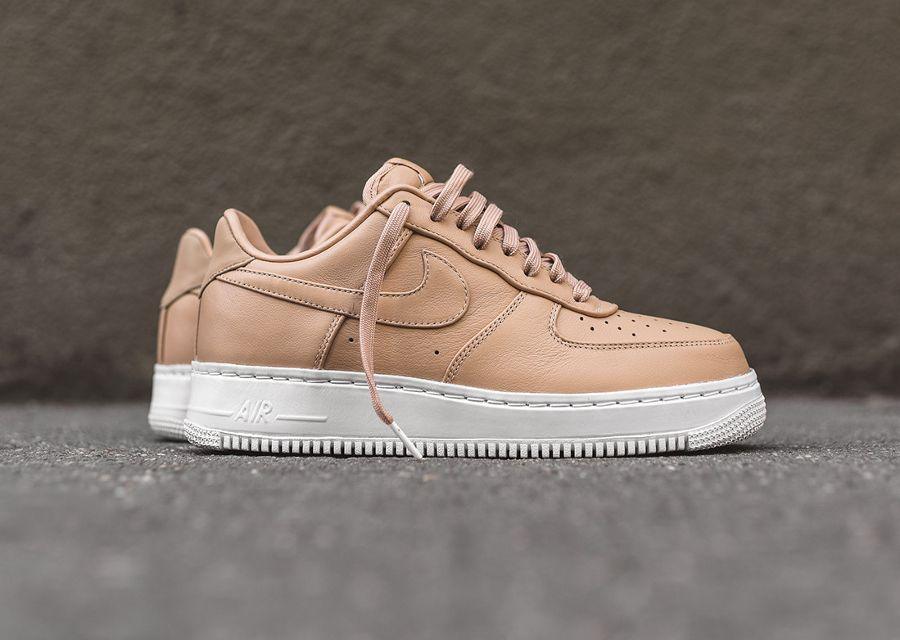 chaussure nike air force 1 marron